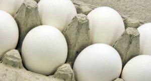 huevos-en-huevera