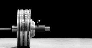 barra cargada con peso